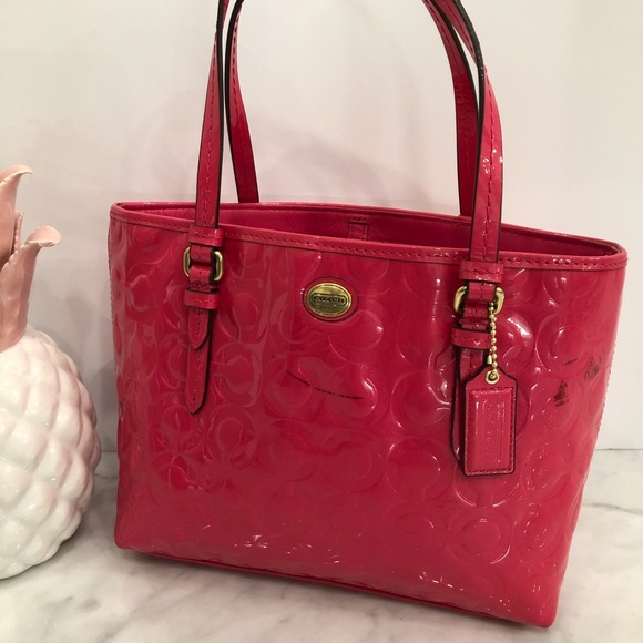 Coach Peyton Op Art pink Patent Leather top handle